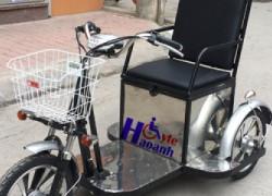 Xe lăn điện 3 bánh cho người già, người khuyết tật HA 268B