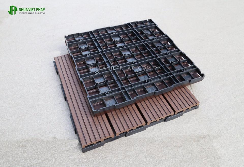 Hè này làm mới sân thượng, ban công với vỉ gỗ nhựa