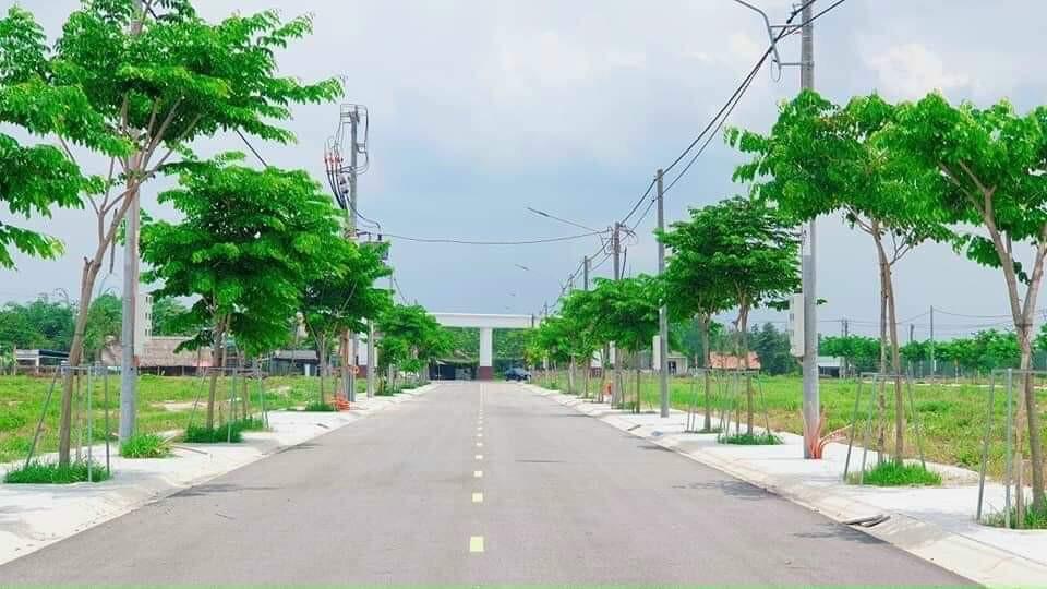 1 lô duy nhất nhìn ra ngay Đại Học Việt Đức, Bình Dương, khu đô thị mới đường nhựa lớn 16m