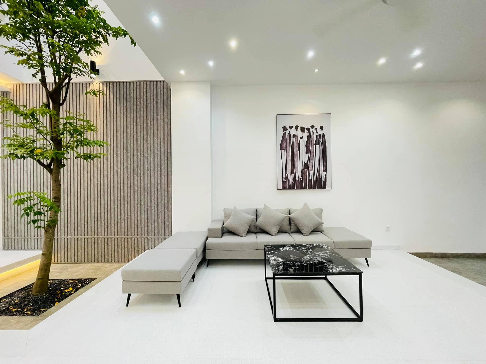 Siêu phẩm 3 tầng cực đẹp do KTS thiết kế,full nội thất Nguyễn Oanh,P.17,GV