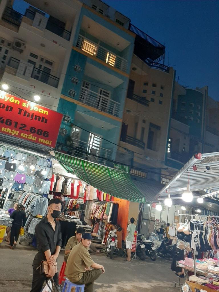 Nhà trong Chợ Hạnh Thông Tây-Hẻm Vip 679 Quang Trung(4x13) 4 tầng,giá 20tr,TL