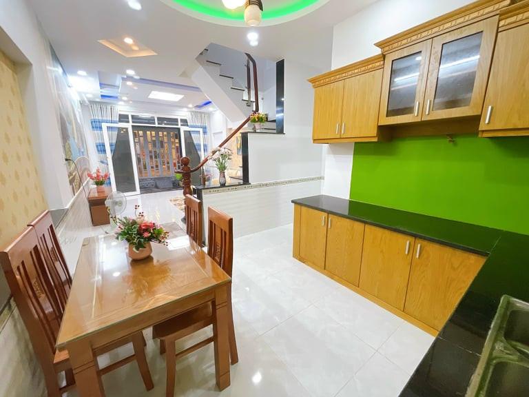 Nhà 2 tầng cực xinh Nguyễn Văn Khối,P.8,GV:full nội thất 45m2 chỉ 4.05 tỷ