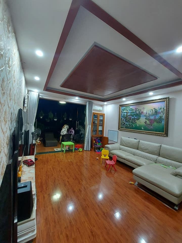 Bán nhà nội thất đẹp KĐT Văn Quán, giá chốt vì Covid-19, 85m2, 5T, Đường 20m