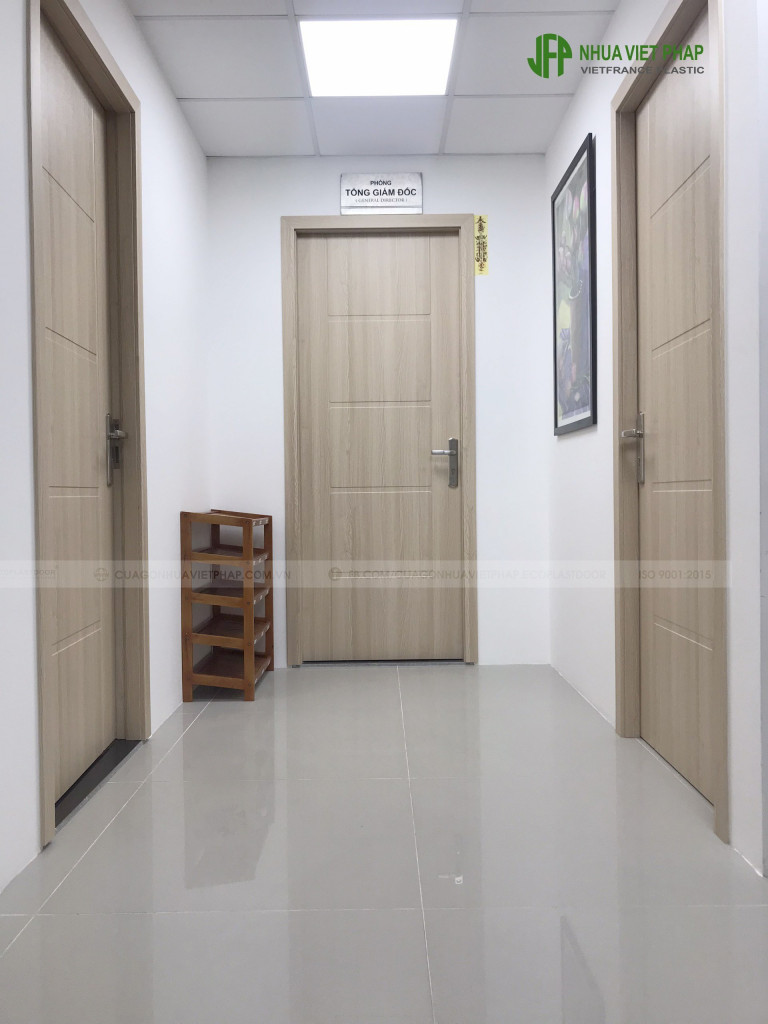Cửa composite cho chung cư
