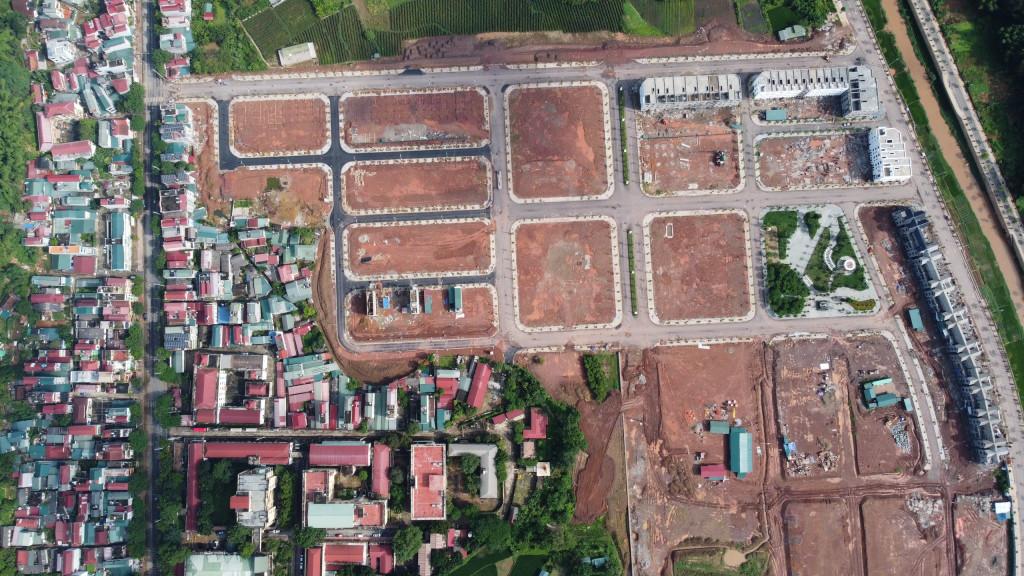 Bán đất nền xây tự do, sổ lâu dài trung tâm tp sơn la