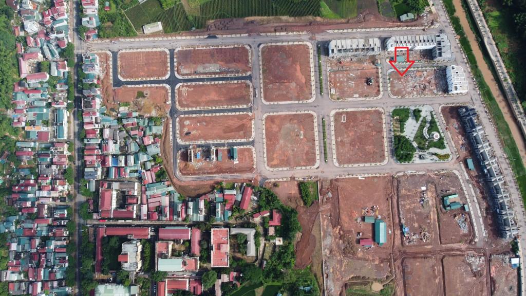 Bán biệt thự vườn gần 400m2, sổ đỏ lâu dài tài Sơn La