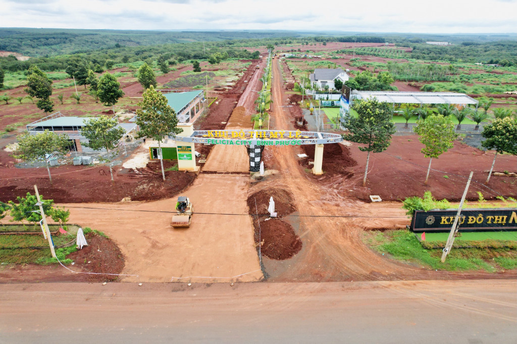 Cần bán đất ngay khu du lịch , DT 5x20m, 5x21m giá từ 390tr/nền, 100m2. 0777153978