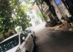Cần bán nhà phố Đỗ Quang diện tích 42m, 5 tầng, ô tô đậu cửa, hơn 11 tỷ