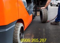Sửa xe nâng hàng KCN Việt Hương Thuận An Bình Dương 0909 265 287