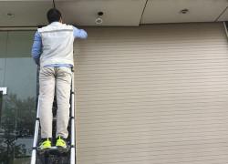 Đội thợ sửa cửa cuốn tại nhà quận 12 giá rẻ