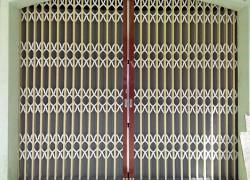 Địa chỉ lắp đặt cửa kéo cao cấp tại Hóc Môn