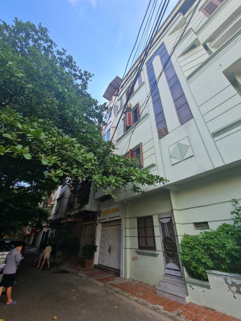 Bán nhà phố Trường Chinh, phân lô vỉa hè, ô tô chạy vòng quanh:45m2x5 tầng