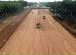Ngộp thở lô đất 1050m2 mặt tiền đường 65m ngang 12m giá 160tr